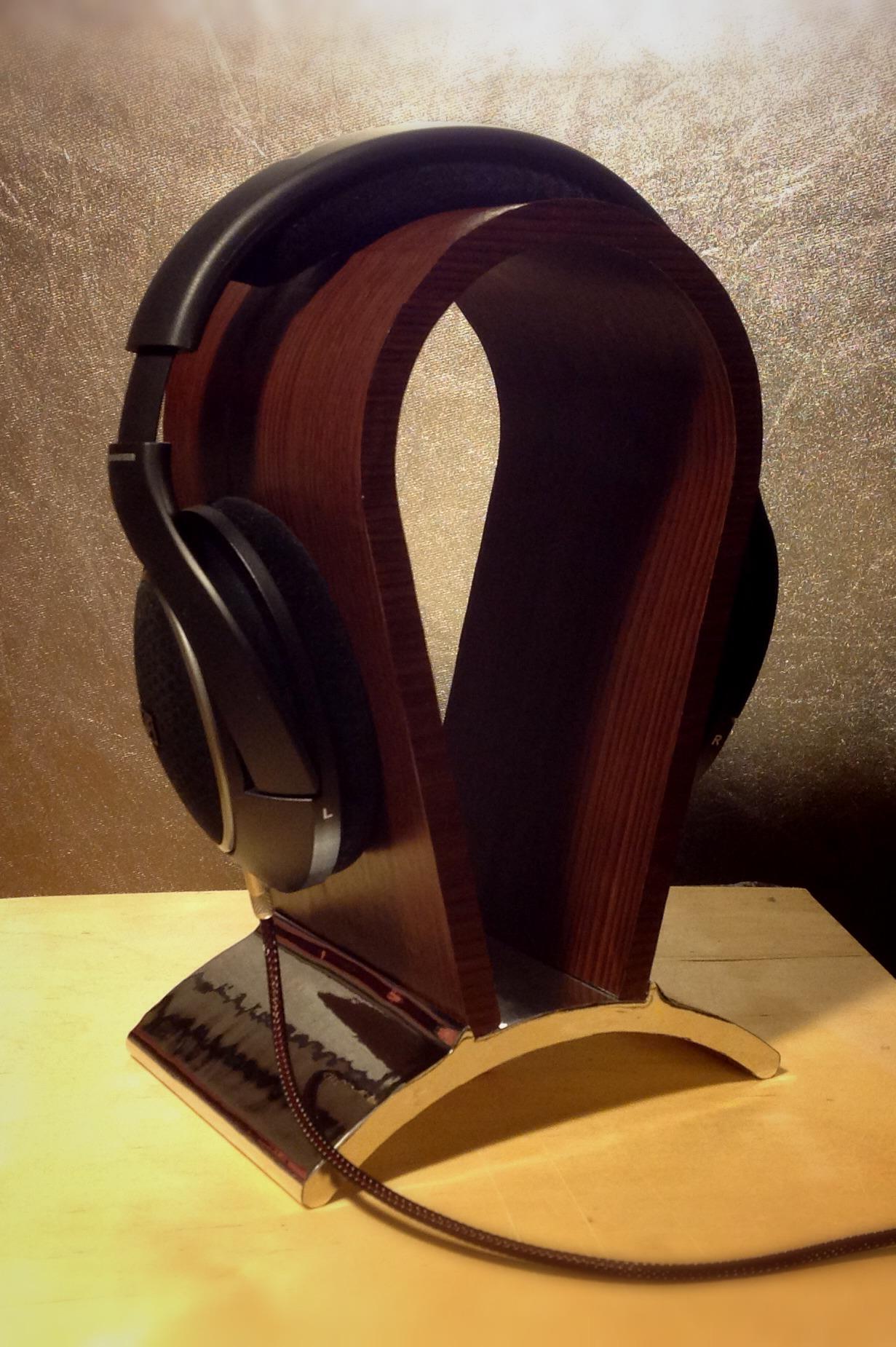 Headphone Stand Designs : Headphone standautodesk online gallery